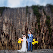 Wedding photographer Evgeniy Onischenko (OnPhoto). Photo of 03.07.2017