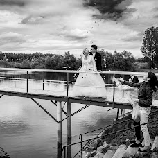 Wedding photographer Tamás Kiss (kiss). Photo of 14.02.2014