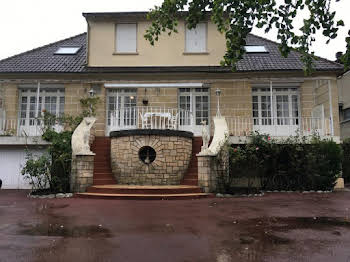 Maison 10 pièces 248 m2
