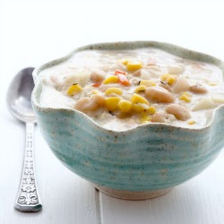 Slow Cooker Corn and White Bean Chowder