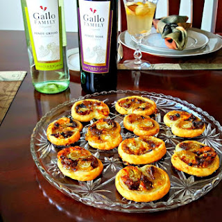 #SundaySupper Blue Cheese, Fig, and Caramelized Onion Palmiers