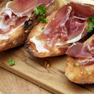 Grilled Bread with Olive Oil, Tomato and Jamón Serrano.