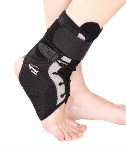 Nẹp cố định cổ chân có dây buộc Tynor D 02
