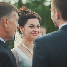 Wedding photographer Aleksandra Martynenko (happy). Photo of 05.03.2014