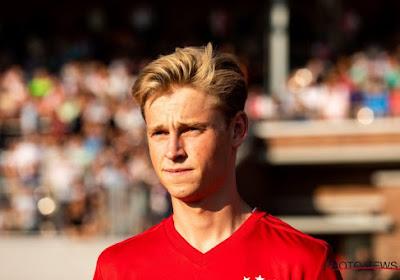 Frenkie De Jong reçoit une belle récompense avant son départ pour le Barça