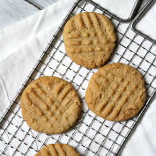 Gluten Free Dairy Free Peanut Butter Cookies.