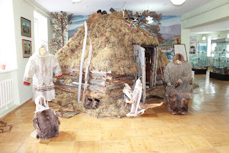 Photo: Традиционное зимнее саамское жилище вежа представляло собой бревенчатую постройку.