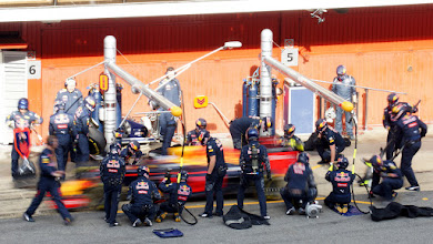 Photo: Daniel Ricciardo - Red Bull Racing