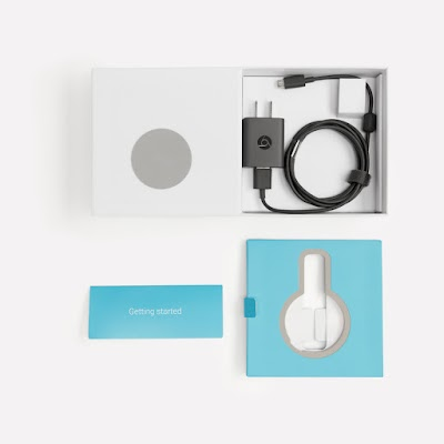 Authentic - Chromecast in box