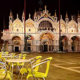 Venise - Basilique St Marc by Gérard CHATENET - City,  Street & Park  Street Scenes