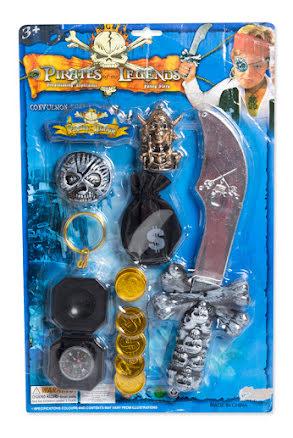 Piratset, kniv och pengar