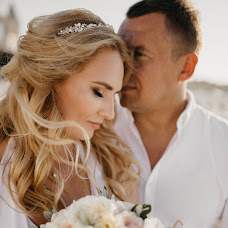 Wedding photographer Denis Suvorov (day77). Photo of 29.10.2017