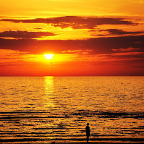 Northern Sunset by My 1st Impressions - Landscapes Sunsets & Sunrises ( clouds, red, sunset, beach, northern sea )
