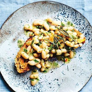 Jamie Oliver's super easy garlic and chilli baked beans.