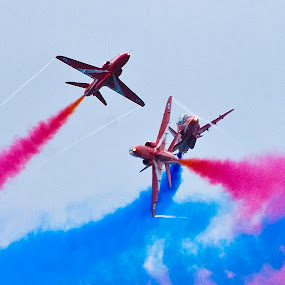 Close cross over  by Steve Bampton - Transportation Airplanes ( red arrows, aircraft, display, jets, stunts,  )