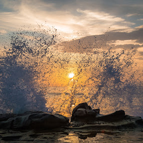 Splash by Ruben Parra - Landscapes Waterscapes ( susnet, san diego, ocean, beach, la jolla, rocks,  )