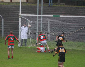 Photo: Trevor Howard goals to send the Bors to the County Final 2008