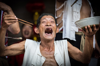 Photo: Old man tooth awesome, seems like a good Chinglish translations for his name :)  http://mitchellmasilun.com/2013/11/13/the-photography-of-china-day-2365/  +Whatever Wednesday!!! curated by +Cicely Robin Laing #whateverwednesday  +WideOpenWednesday curated by +Shawn Clover #WideOpenWednesday  #china  #oldman  #laughter  #laughing  #joy  #portrait  #environmentalportraits