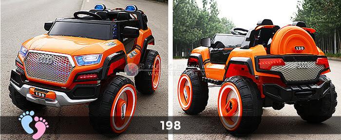 Siêu xe ô tô điện 4 động cơ 198 1