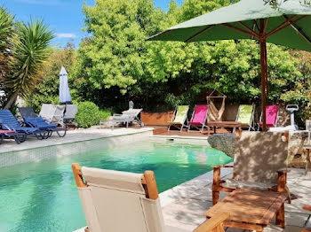 villa à Loupian (34)