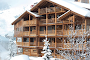 A SUN-DRENCHED LUXURY IN THE PANAROMA OF THE ALPS