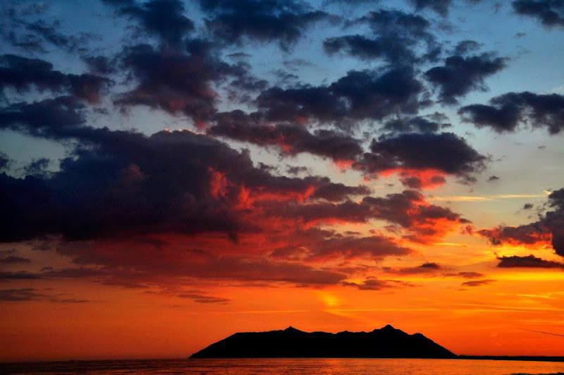 tramonto di fuoco di libera