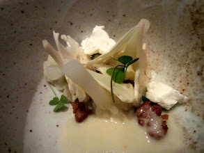 Photo: Cauliflower in various textures with oyster, horseradish and oxalis
