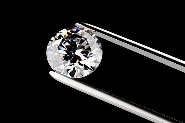 Những viên kim cương cần được đánh giá nghiêm ngặt