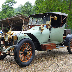 The oldtimer from the thirties by Bob Has - Transportation Automobiles ( car, old, nice, oldtimer, 1930 )