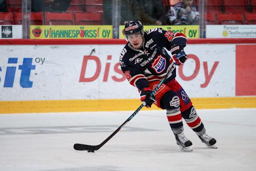 Laine oli viime kaudella tehokas TUTO Hockeyn paidassa. (Kuva: Shaun Duncan)