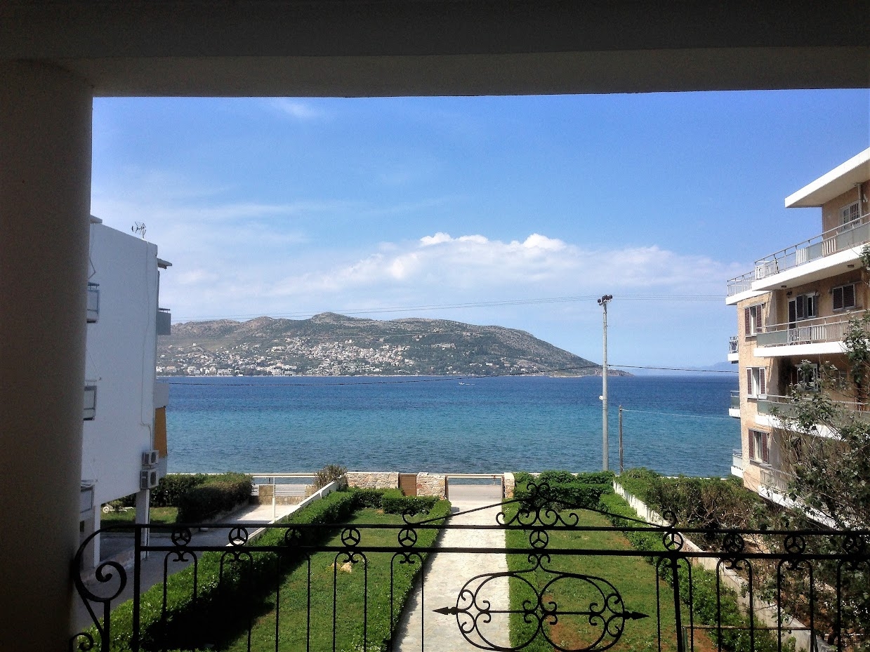 Home with a View, Porto Rafti