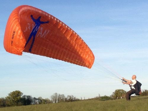 When is a good time to buy paragliding equipment?