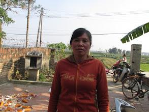"""Photo: """"Ms.Đỗ Thị Minh Phương 1. Số hiệu(ID member): 15011923 2. Tuổi(Age): 41 3. Địa chỉ(Address): Cụm 26 - Thôn Bảo Chúc - TT Hợp Hòa,Tam Duong District, Vinh Phuc province, Vietnam. 4. Thông tin gia đình(Household's information): Gia đình có 05 khẩu, 04 lao động chính. Vay vốn chăn nuôi lợn, gà, làm 05 sào ruộng. Con TV đi làm công ty (Member's family has 05 people, 04 main labors. Borrowed capital is for breeding pigs, chickens, cultivating on 05 poles of farmland. Member's child works for a company). 5. Ngày vay(Date of loan): 15-01-2015 6. Mức vay(Loan size): 7.000.000đ 7. Mục đích vay(Loan purpose): Chăn nuôi/livestock farming"""""""