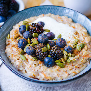 Healthy Carrot Cake Oat Porridge