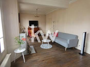 Maison 11 pièces 225 m2