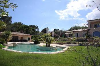 Villa 11 pièces 780 m2