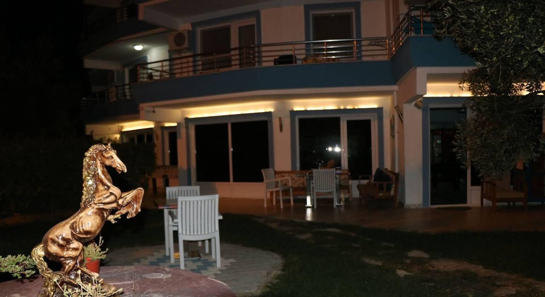 Apart Hotel Ege