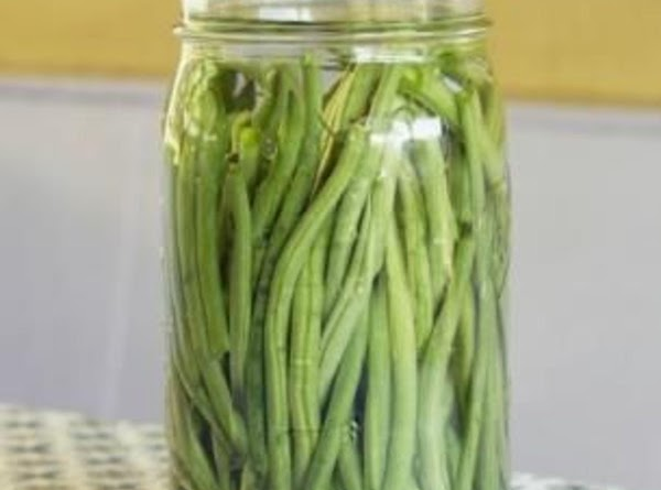 Trim washed beans 1/4 inch shorter than your jars.