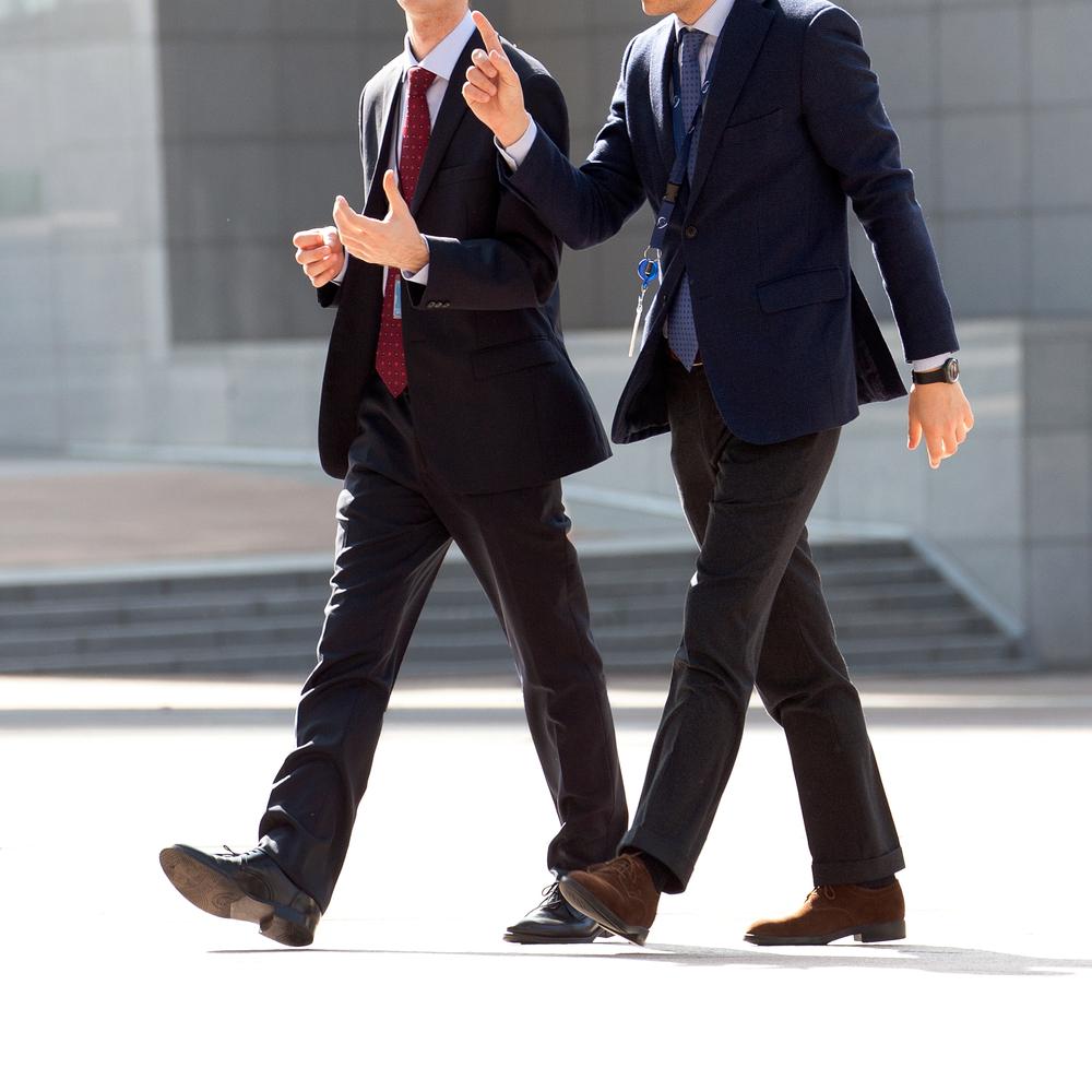 Caminhar para o trabalho promove mais saúde do que para compras ou lazer. (Fonte: Shutterstock)