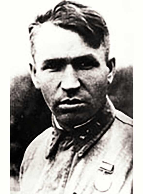 Нижегородов А.И. - капитан, нач-к 6 части 44 осбр