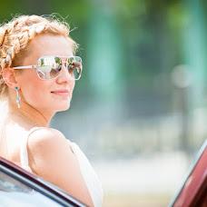 Wedding photographer Sergey Stakheev (srgstaheev). Photo of 27.02.2013