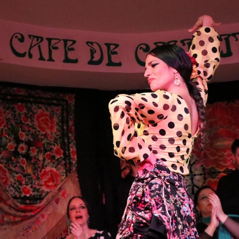 スペインの情熱的な歌と踊り・フラメンコを鑑賞できるマドリード旧市街のタブラオ「カフェ・デ・チニータス」