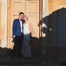 Wedding photographer Przemyslaw Jasinski (jasinski). Photo of 15.02.2014
