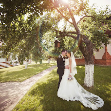 Wedding photographer Viktoriya Olos (olos). Photo of 06.08.2014