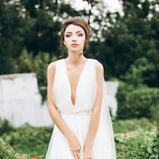 Wedding photographer Anastasiya Sumskaya (Symskaia04). Photo of 01.02.2018