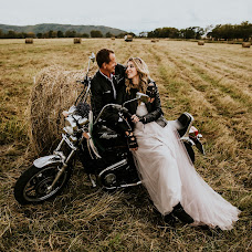 Wedding photographer Yana Kolesnikova (janakolesnikova). Photo of 09.10.2018