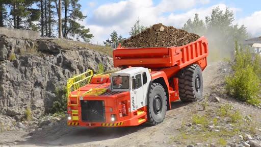 Heavy Cargo Truck Transport Uphill Driver 2019  captures d'écran 1