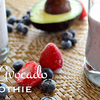 Berry Avocado Smoothie