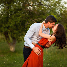Wedding photographer Yuliya Alekseeva (Yuliasha). Photo of 04.04.2016