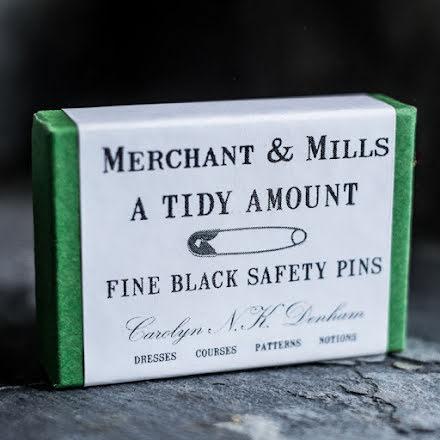 Fine Black Safety Pins - säkerhetsnålar